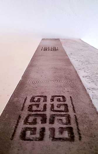 sgraffito pattern marble plaster brown border