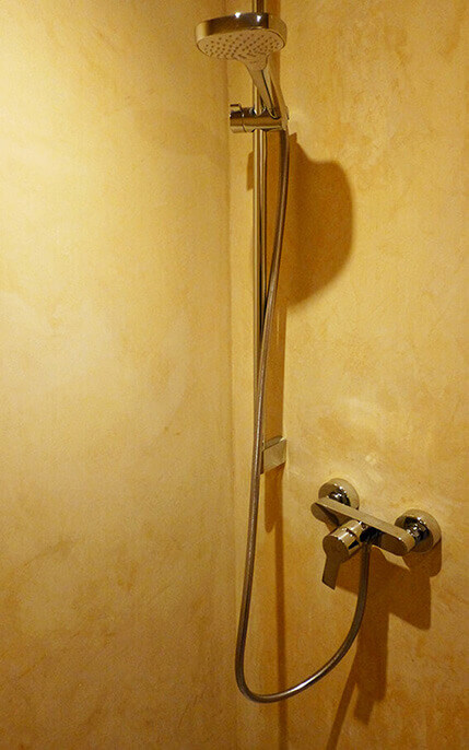 Stucco Veneziano in the shower
