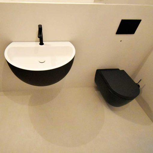 wand und boden fugenlos im badezimmer